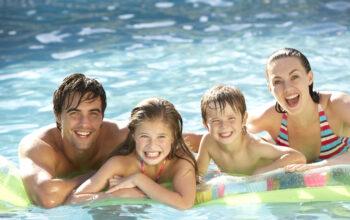 8 cosas principales a considerar antes de comprar una piscina